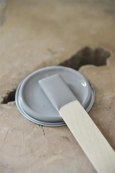 Vintage Paint Warm Grey
