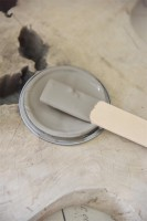 Vintage Paint Warm Latte