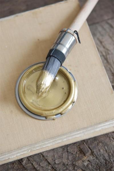 Vintage Paint Metallic Gold