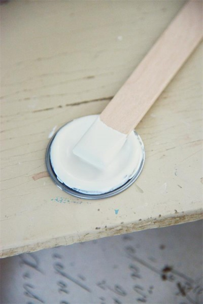 Vintage Paint Natural White
